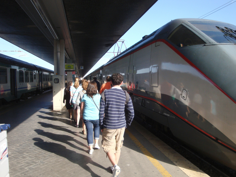 Students boarding the train to Padua. Photo by Matthew Brennan.