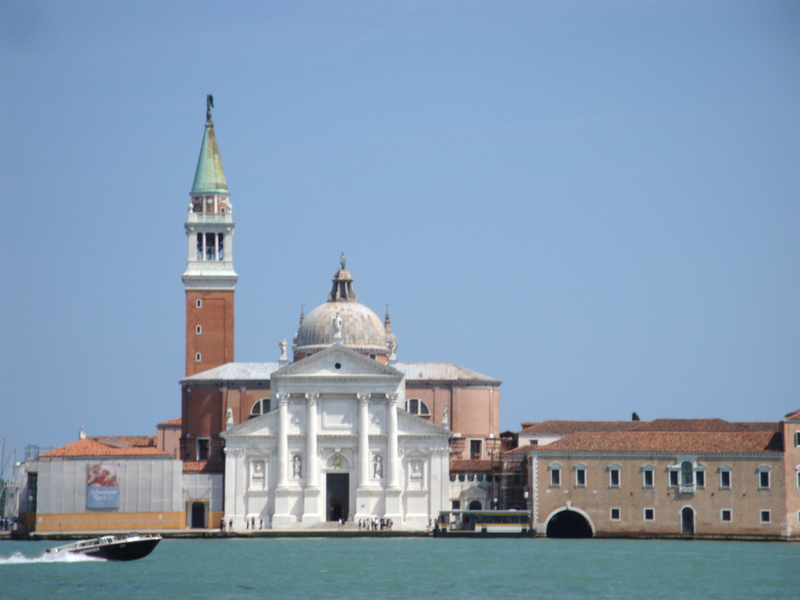 The Church of San Giorgio Maggiore (original design by Andrea Palladio in 1566, faade completed by Vincenzo Scamozzi in 1610. Photo by Matthew Brennan.
