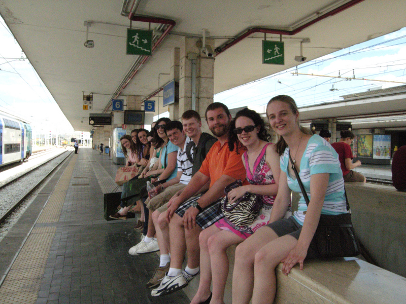 Students waiting to board the train back to Venice from Padua. Photo by Dr. Beall-Fofana