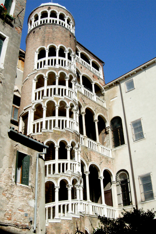The staircase of the Palazzo Contarini del Bovolo (by Giovanni Candi, c. 1499 and since restored).  Photo by Beall-Fofana.